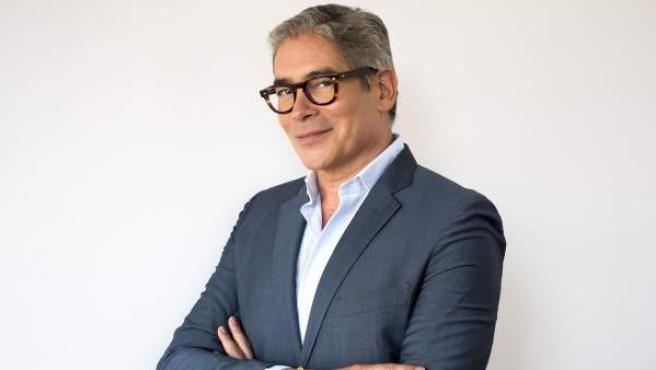 El presentador y escritor Boris Izaguirre.