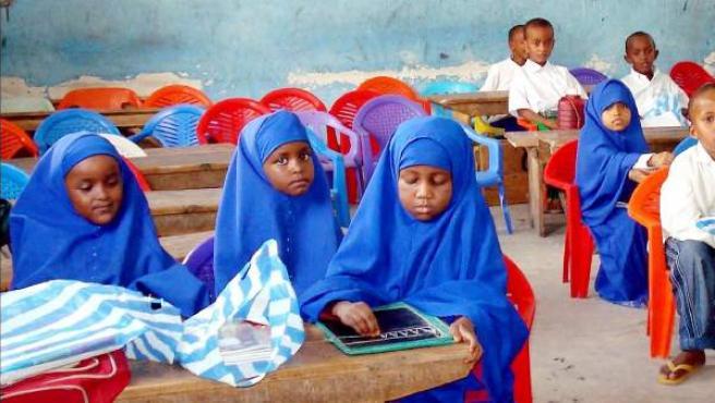 Imagen de unos niños en un colegio de Mogadiscio, Somalia.