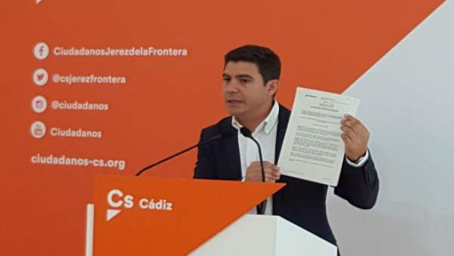 Sergio Romero, parlamentario de Ciudadanos en rueda de prensa
