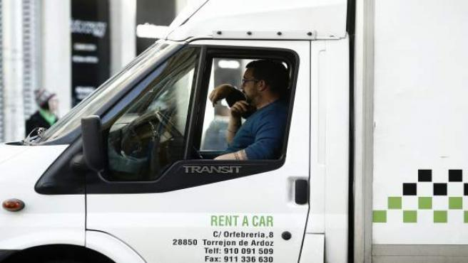 Gente trabajando, trabajador, autónomo, camión, paro, empleo, epa
