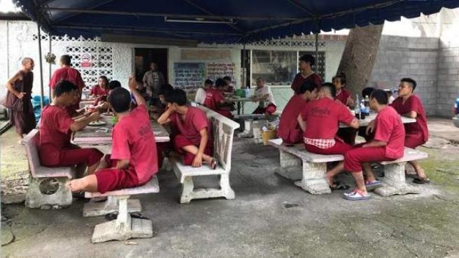 El templo de rehabilitación para toxicómanos en Tailandia.