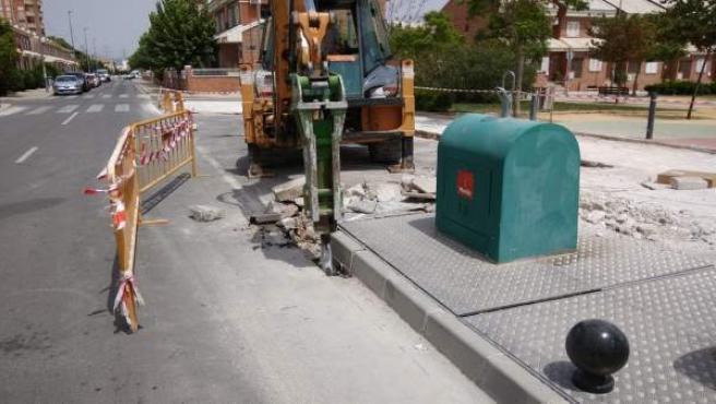 Comienzan las obras de pavimentación junto el jardín de los Rectores