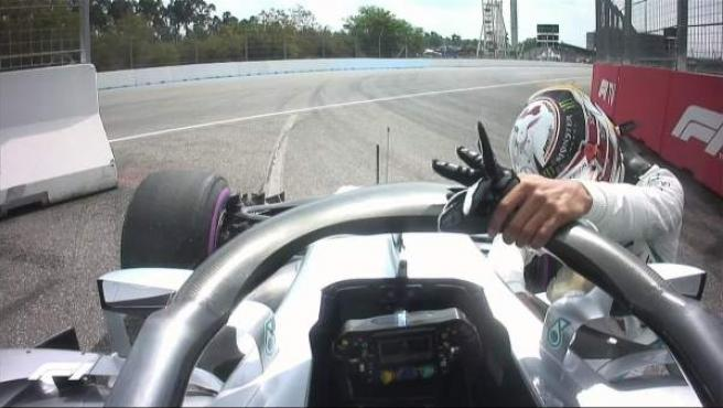 Lewis Hamilton abandona en la clasificación del GP de Alemania.