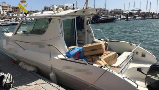 Embarcación con droga