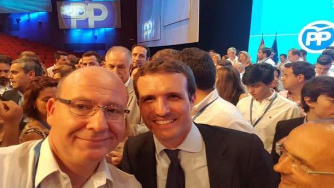 El alcalde de Jaén, Javier Márquez, con Pablo Casado