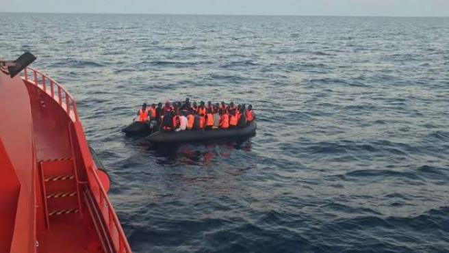 Rescate en aguas del Estrecho