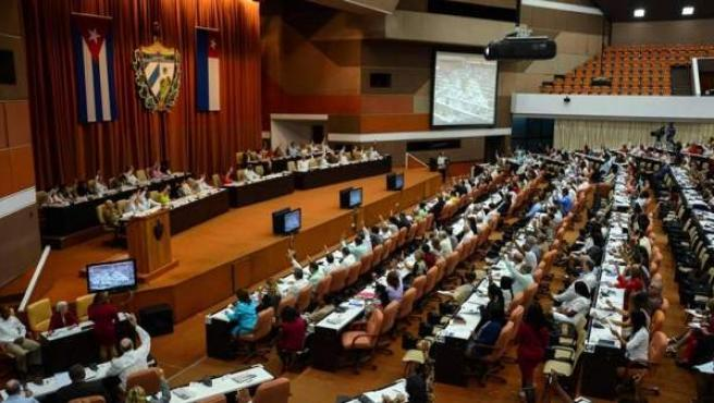 Asamblea Nacional de Cuba durante una sesión de debate sobre el proyecto de reforma constitucional.