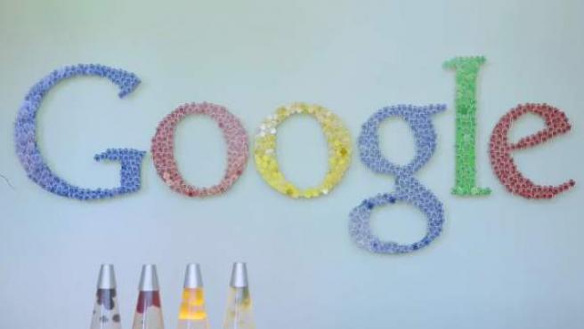 Bruselas impone a Google una multa récord de 4.340 millones de euros.