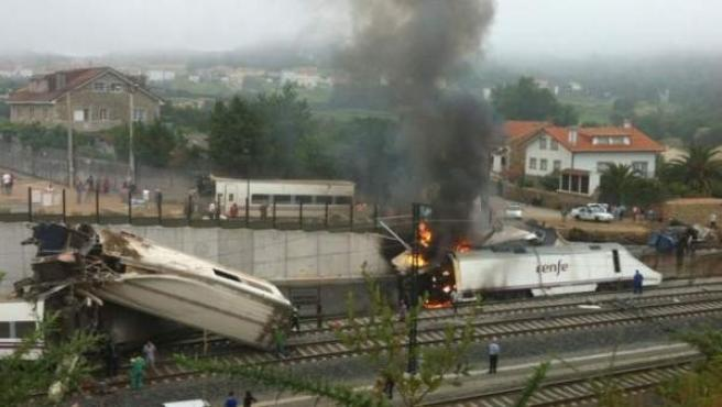 Accidente del tren Alvia en Angrois (Santiago) el 24 de julio de 2013.