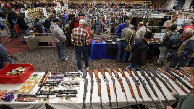 Feria de armas en Albany (EEUU).