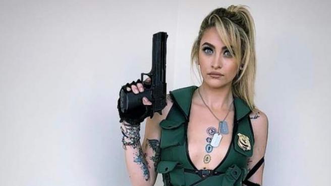 Paris Jackson, con un 'cosplay' de Sonya Blade, personaje de 'Mortal Combat'.