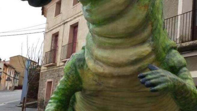 Figura de un dinosaurio en Enciso (La Rioja)