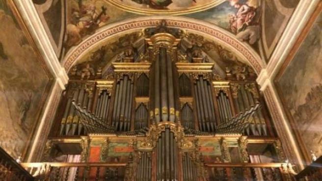 Órgano De La Catedral De Jaca (Huesca)