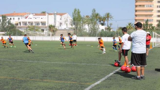 La categoría cadete de fútbol será mixta, una iniciativa conjunta del Govern y la Federación de Fútbol balear