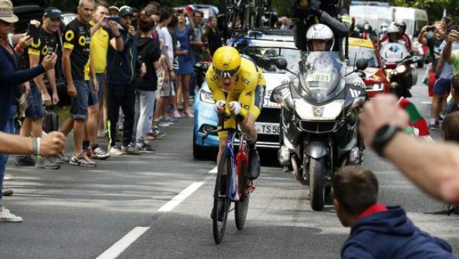 El galés Geraint Thomas (Sky), con el maillot amarillo del Tour de Francia, en la contrarreloj.