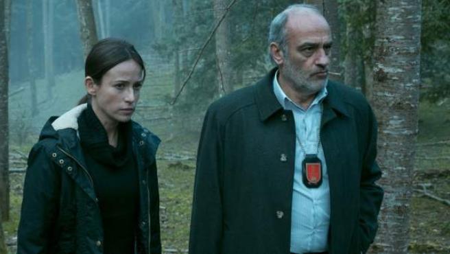 Escena de la película 'El guardián invisible'.