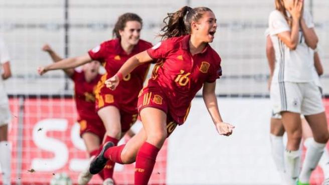 María Llompart celebra su gol en la final del Europeo sub19.