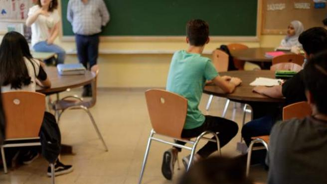 Un grupo de alumnos en una clase.