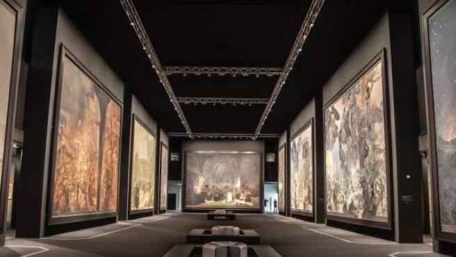 Lienzos de la Epopeya Eslava de Alfons Mucha que pueden verse en la exposición 'Alfons Mucha Two Worlds' en el Centro de Exposiciones de Brno hasta el 31 de diciembre.