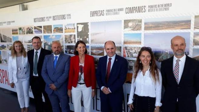 La ministra Reyes Maroto en su visita al CENER
