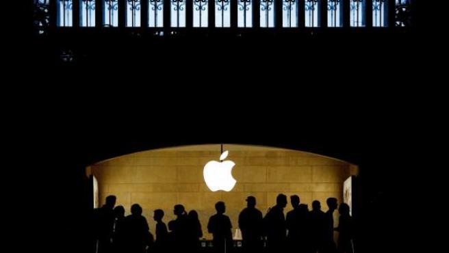 Este miércoles Apple informó sobre un incremento en sus beneficios por valor de 9,86 mil millones de euros en el último trimestre.