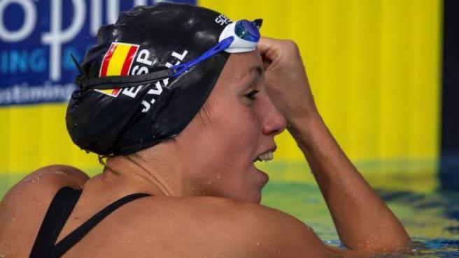 Jessica Vall tras ganar la medalla de plata en los Europeos de Glasgow.