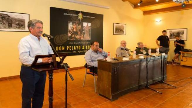 Nombramiento de Eutimio Martino como cronista oficial del Valle de Camaleño