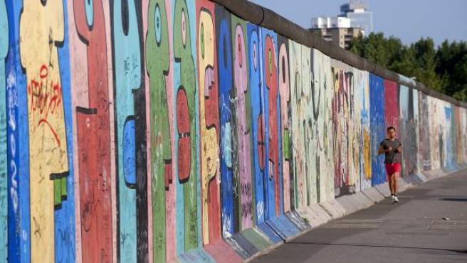 Parte del Muro de Berlín, en la zona conocida como la East Side Gallery.