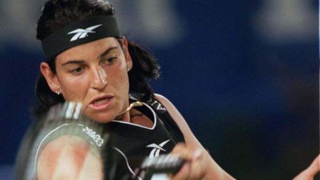 Arantxa Sánchez-Vicario, en un partido en los 90.