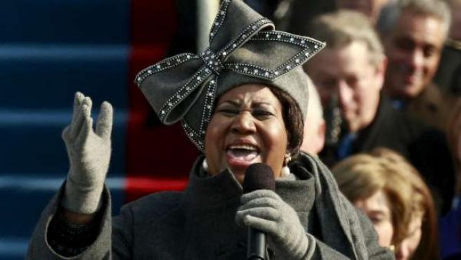 Aretha Franklin durante su actuación en la ceremonia de investidura de Barack Obama.