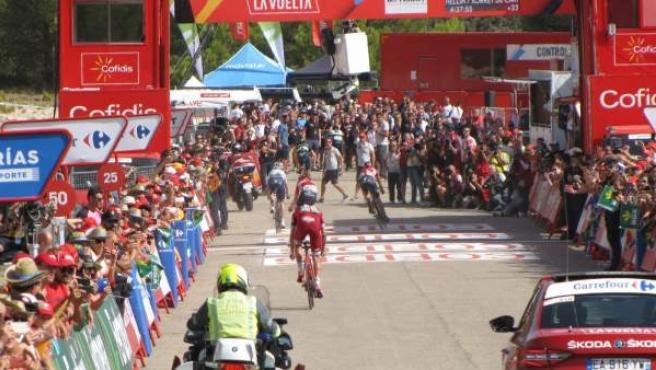 Una etapa de la Vuelta a España (foto de archivo)
