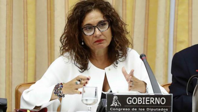 La ministra de Hacienda, María Jesús Montero, durante su comparecencia hoy en el Congreso.
