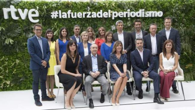 El equipo de informativos de RTVE 2018 - 2019 al completo.
