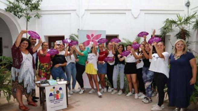 Moguer impulsa en sus fiestas patronales una campaña contra agresiones sexistas.