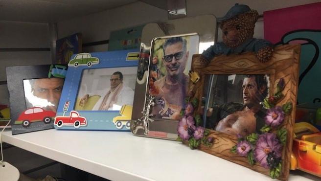 En esta tienda de Londres solo hay fotos de Jeff Goldblum