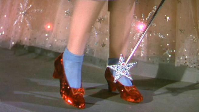 El FBI recupera los zapatos de 'El mago de Oz', robados en 2005