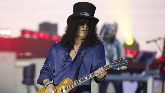 El guitarrista Slash, durante un concierto en Bilbao.