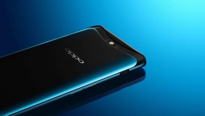 El 'smartphone' Find X con su cámara deslizable visible.