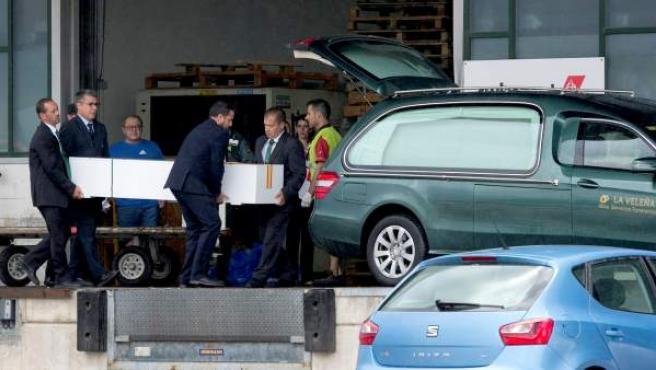 Los cuerpos de las tres turistas malagueñas fallecidas el pasado domingo en un accidente de tráfico en un safari en Tanzania han llegado al aeropuerto de Málaga
