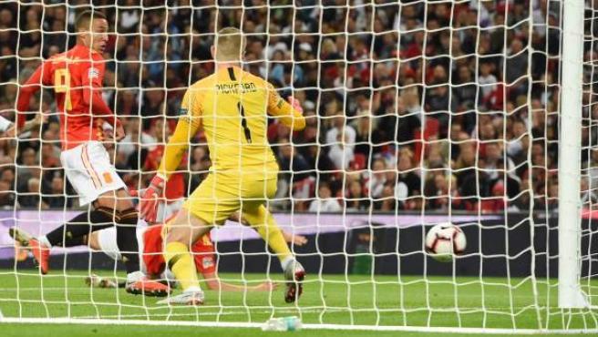 Momento en el que Rodrigo Moreno marca para España en Wembley.