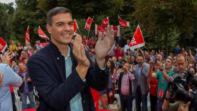 El presidente del Gobierno, Pedro Sánchez, asiste en Oviedo a su primer acto público del PSOE desde que accedió a la jefatura del Ejecutivo y coincidiendo con sus cien días de gestión.
