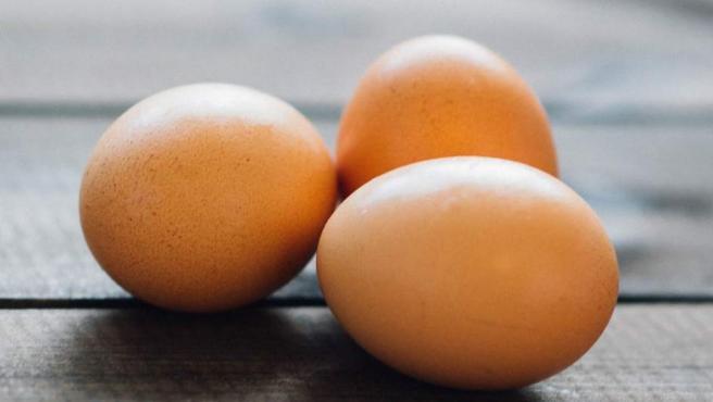 Alimentación: cocinar huevos hervidos y limitar los fritos.