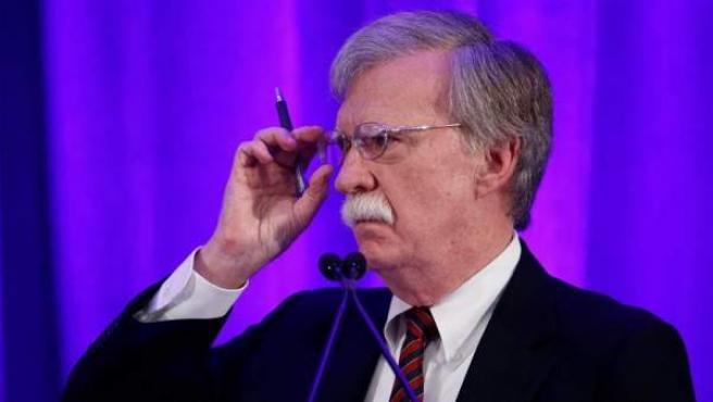 El asesor de seguridad Nacional de la Casa Blanca, John Bolton, pronuncia un discurso durante el almuerzo de la Sociedad Federalista, en Washington (EE UU).