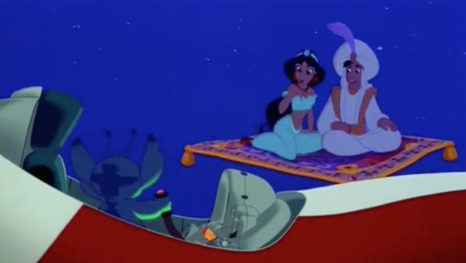 Muchos años antes que 'Ralph rompe internet', Lilo y Stitch ya se burlaron de las princesas Disney