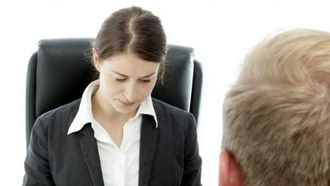 Las mujeres tienen un 30% menos de probabilidades de ser citadas a una entrevista laboral que los hombres.