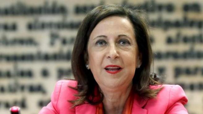 La ministra de Defensa, Margarita Robles, en la Comisión de Defensa del Senado.