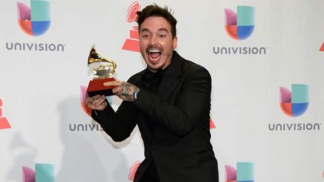 El cantante J Balvin en los Grammy Latinos de 2015.