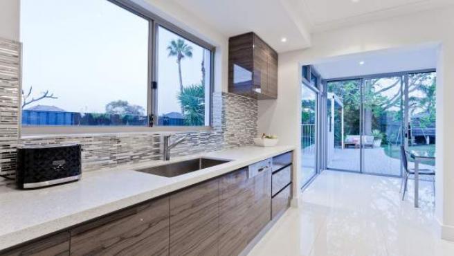 Aspectos como la eficiencia, las prestaciones y la garantía son fundamentales para acertar equipando la cocina.
