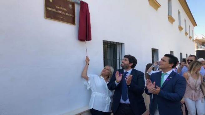 López Miras preside el acto de presentación avenida Miguel Ángel Blanco