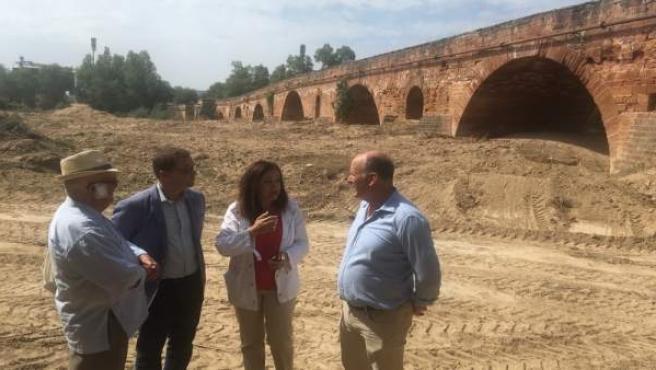 Visita a las obras en el Guadalquivir a su paso por Andújar (Archivo)